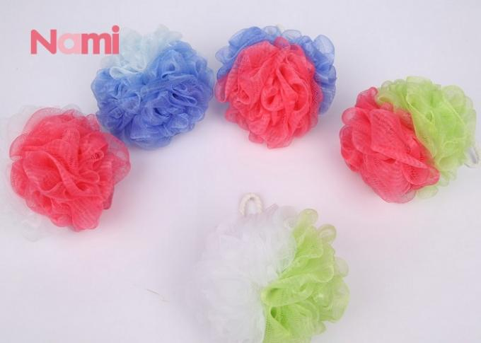 Colorful Plastic Mesh Sponge , Rich Foam Soft Bath Sponge Cleaning Body Skin